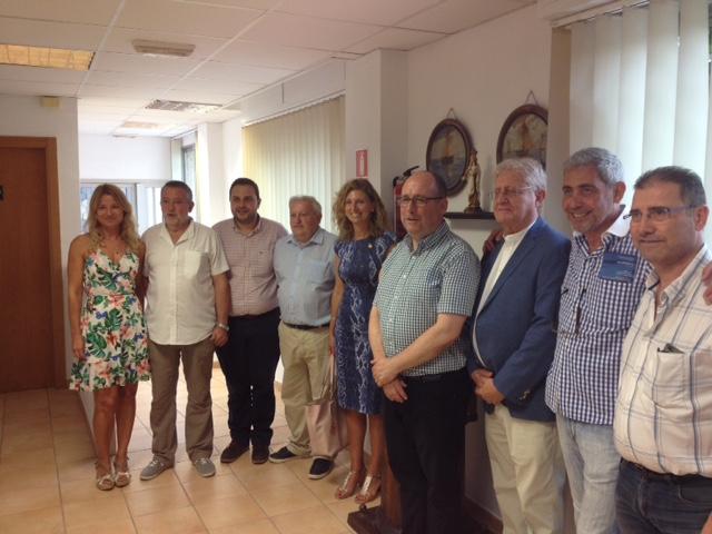 Imagen de voluntarios con la alcaldesa, Amparo Marco