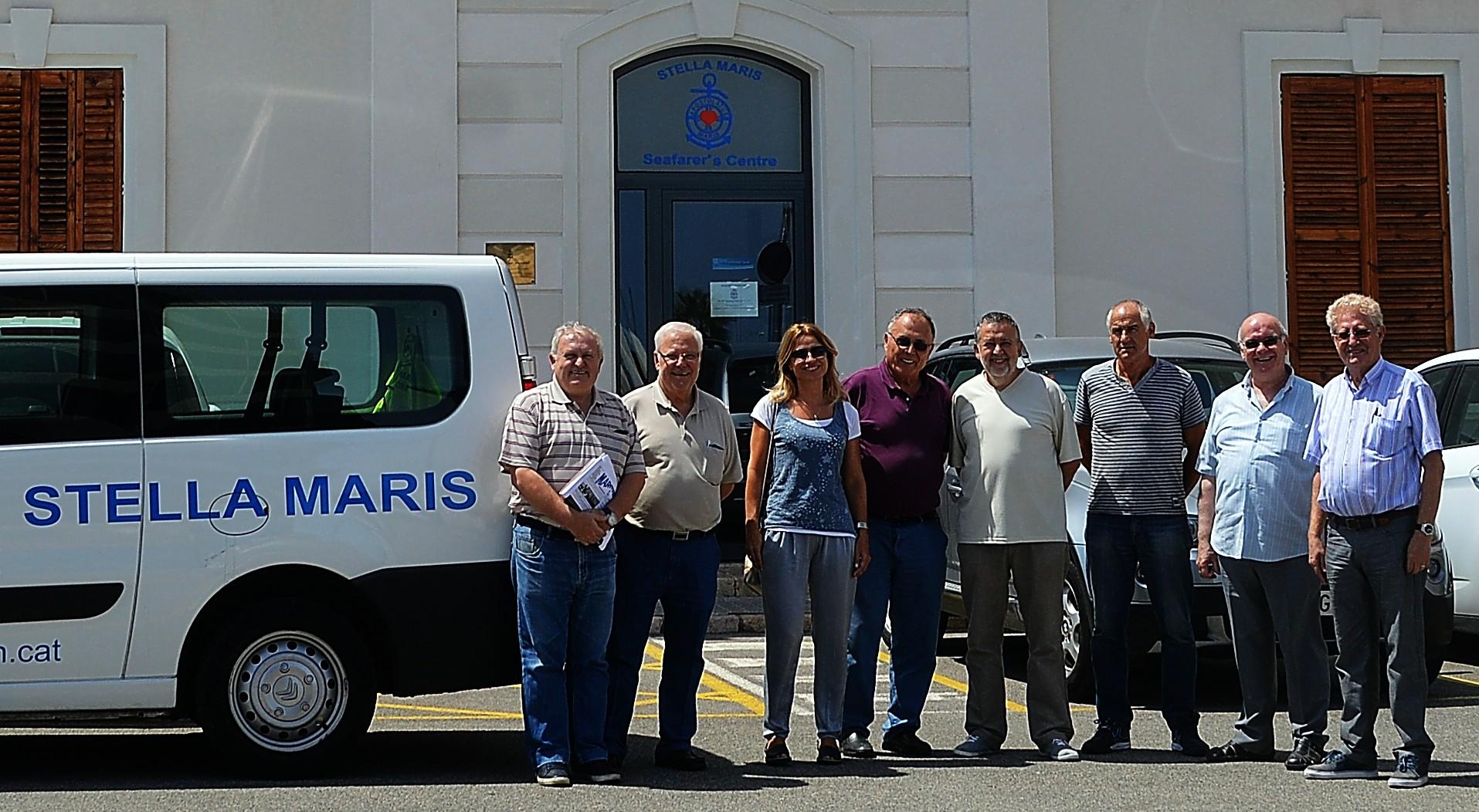 Foto conjunta de miembros de Stella Maris Tarragona-Castellón